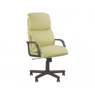 Кресло для руководителя Nadir Tilt PM64 Nowy Styl